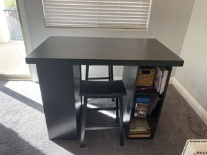 Project table and two stools for Sale in Las Vegas, NV