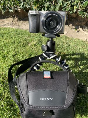 Sony Alpha a6000 for Sale in Garden Grove, CA