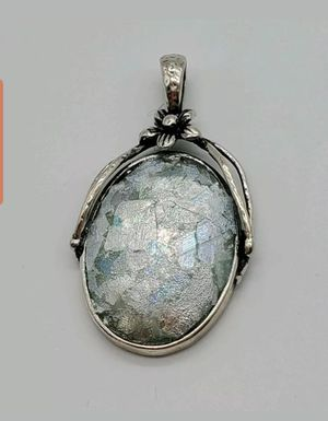 Vintage 925 Sterling & Mica Pendant for Sale in Springfield, MA