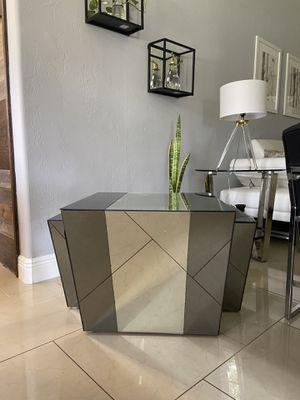Mirror coffee table for Sale in Mount Dora, FL