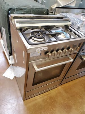 "Cosmo 24"" all gas stove for Sale in Arcadia, CA"