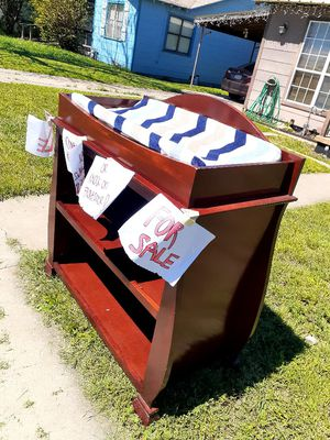 CHANGING TABLE for Sale in San Angelo, TX
