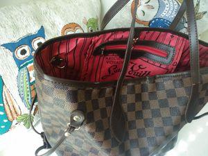 Louis Vuitton Neverfull bag for Sale in Philadelphia, PA