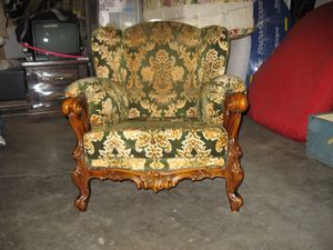 Antique furniture- Couch & 2 Chairs-3pc Set for Sale in Happy Valley, OR