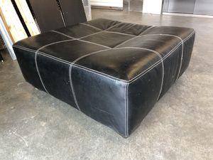 """41"""" square ottoman black leatherette for Sale in Atlanta, GA"""