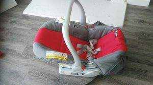 Graco brand Car seat for Sale in Centennial, CO
