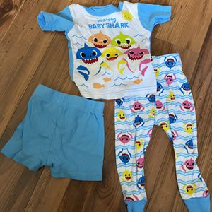 Baby Shark Pjs 18 Months for Sale in Downey, CA