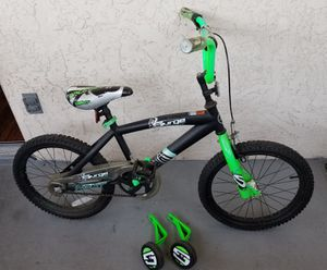 """18"""" green and black bicycle for Sale in El Cajon, CA"""