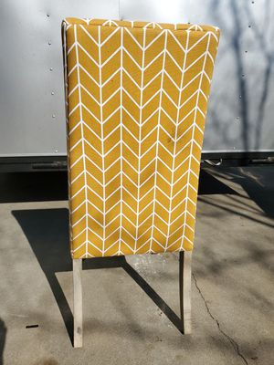 Mustard yellow accent chair for Sale in Fresno, CA