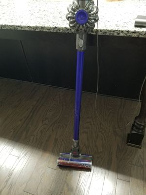 Dyson Cordless Vacuum for Sale in Cumming, GA