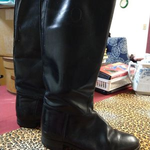 Women's Vintage Equestrian Riding Boots for Sale in Roseville, CA