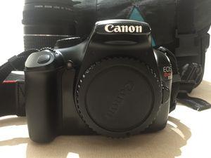 Canon EOS Rebel T3 for Sale in Chicago, IL