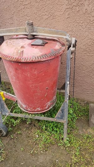 Cement mixer electric for Sale in Fresno, CA