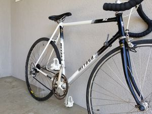 Miyata 912 Vintage Road bike for Sale in Fresno, CA