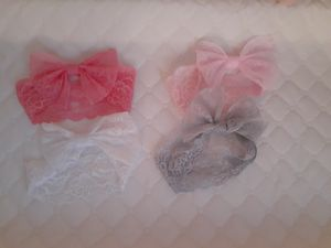 Baby girl laced bows for Sale in Whittier, CA