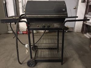 Kenmore Grill w/ Full Propane Tank, Used, Black for Sale in Columbus, OH