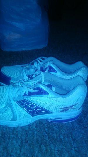 Reebok purple shoe size 9 for Sale in Orlando, FL