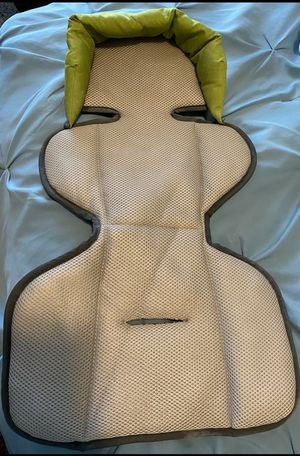 Infant insert for car seat carrier for Sale in Goodyear, AZ