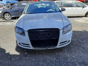 Audi A4 2005 only parts Trasmission good for Sale in Opa-locka, FL