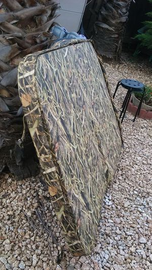 PRICE DROP!! CAMOUFLAGE HOT TUB COVER for Sale in Byron, CA