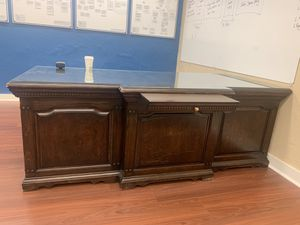 Office furniture for Sale in Montclair, CA