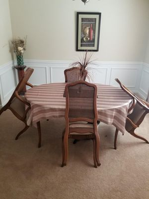 Wooden Dining Table for Sale in Atlanta, GA