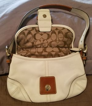 Coach handbag for Sale in Fresno, CA