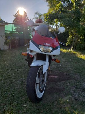 Yamaha FZR1000 Sport Motorcycle for Sale in Tampa, FL