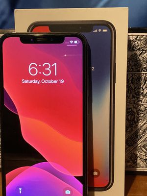 Apple Iphone X unlocked 64gb OBO for Sale in Humble, TX