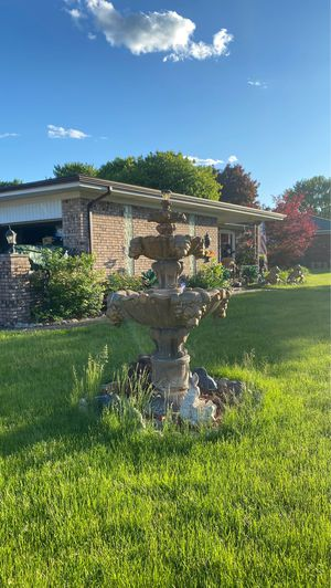 Fountain for sale for Sale in Fraser, MI