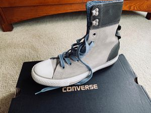 Converse GREY LEATHER BOOTS for Sale in Cumming, GA