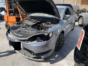 2016 Chrysler 200c for parts for Sale in Los Angeles, CA