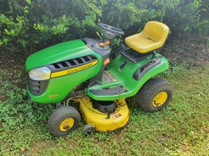 John Deere - 100 Series, 17.5 gross hp/500cc, 99 hours, USED for Sale in Homestead, FL