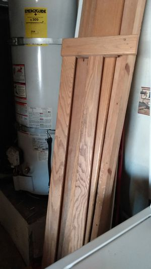 Twin bunk beds have to put together oak wood no mattered for Sale in Moreno Valley, CA