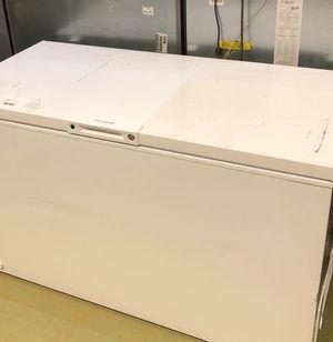 Frigidaire Chest Freezer J6OV for Sale in San Antonio, TX
