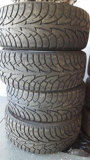 Hankook tires - 215/50R17 for Sale in Byron Center, MI