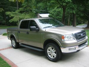 Automatic 2004 Ford F150 Lariat 4x4 for Sale in Maplewood, MN