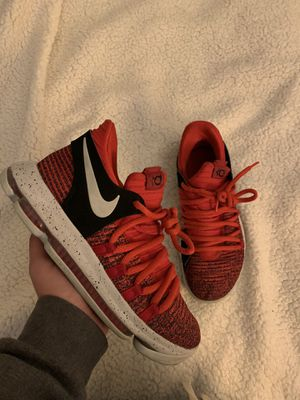 Nike KD 10 Red size 7 GS for Sale in Concord, CA