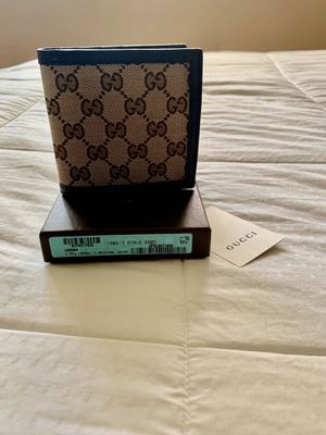 gucci mens wallet for Sale in Hawthorne, CA