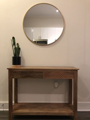 Wooden console table for Sale in Tampa, FL