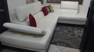 SECTIONAL LEATHER WHITE IN L ..DELIVERY SERVICE AVALAIBLE for Sale in HALNDLE BCH, FL
