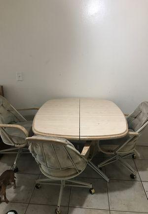Kitchen table for Sale in Rialto, CA