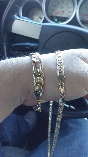 Gold chain & bracelet for Sale in Las Vegas, NV