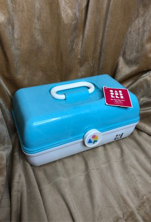 """On The Go Girl Classic Makeup Case """"Made in the USA"""" for Sale in Plainville, MA"""