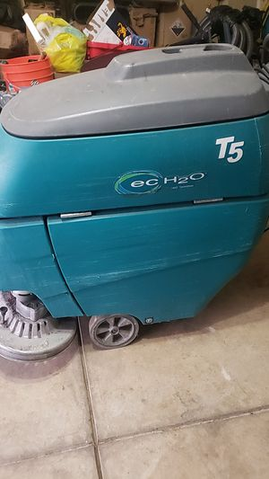 """Scrubes t5 28"""" for Sale in Tracy, CA"""