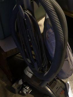 Kerby Sentria G10D Upright Vacuum Carpet Shampooer for Sale in Gresham,  OR