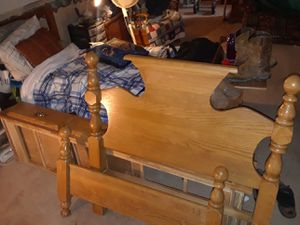 $85- SOLID OAK TWIN for Sale in undefined