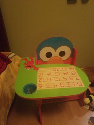 Elmo desk for Sale in Bensenville, IL