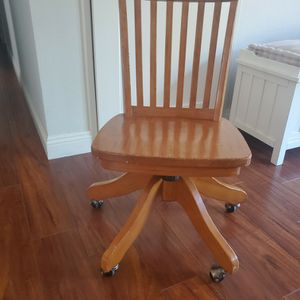 Pottery Barn Kids Chair for Sale in Spring Valley, CA