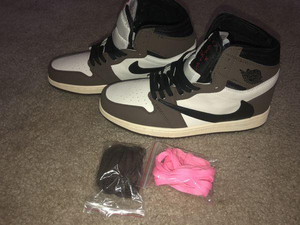 "Travis Scott x Air Jordan 1 Retro High ""Mocha"" (Size 10)"